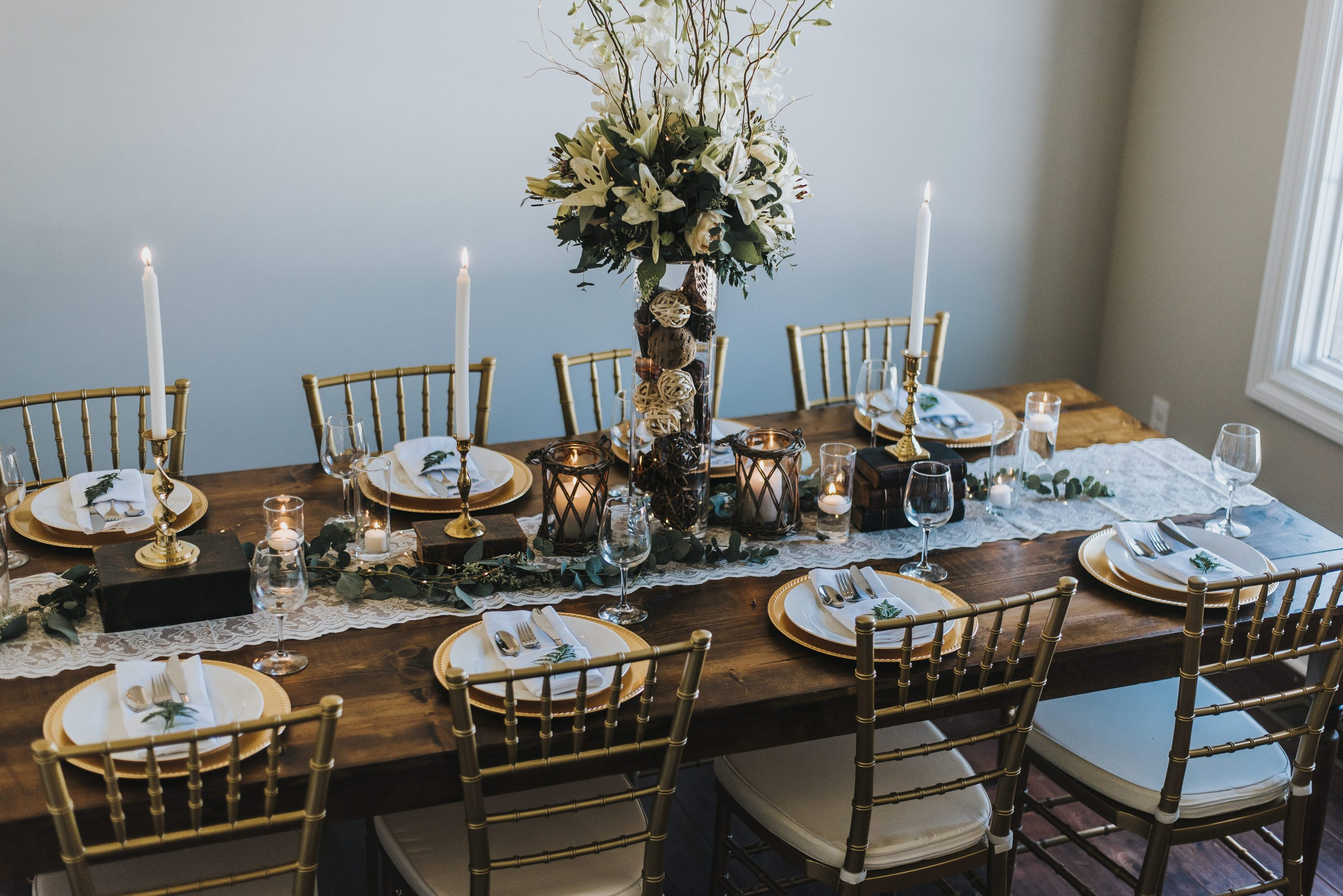 Detroit Chiavari Farm Tables. Photo by Nova Rose