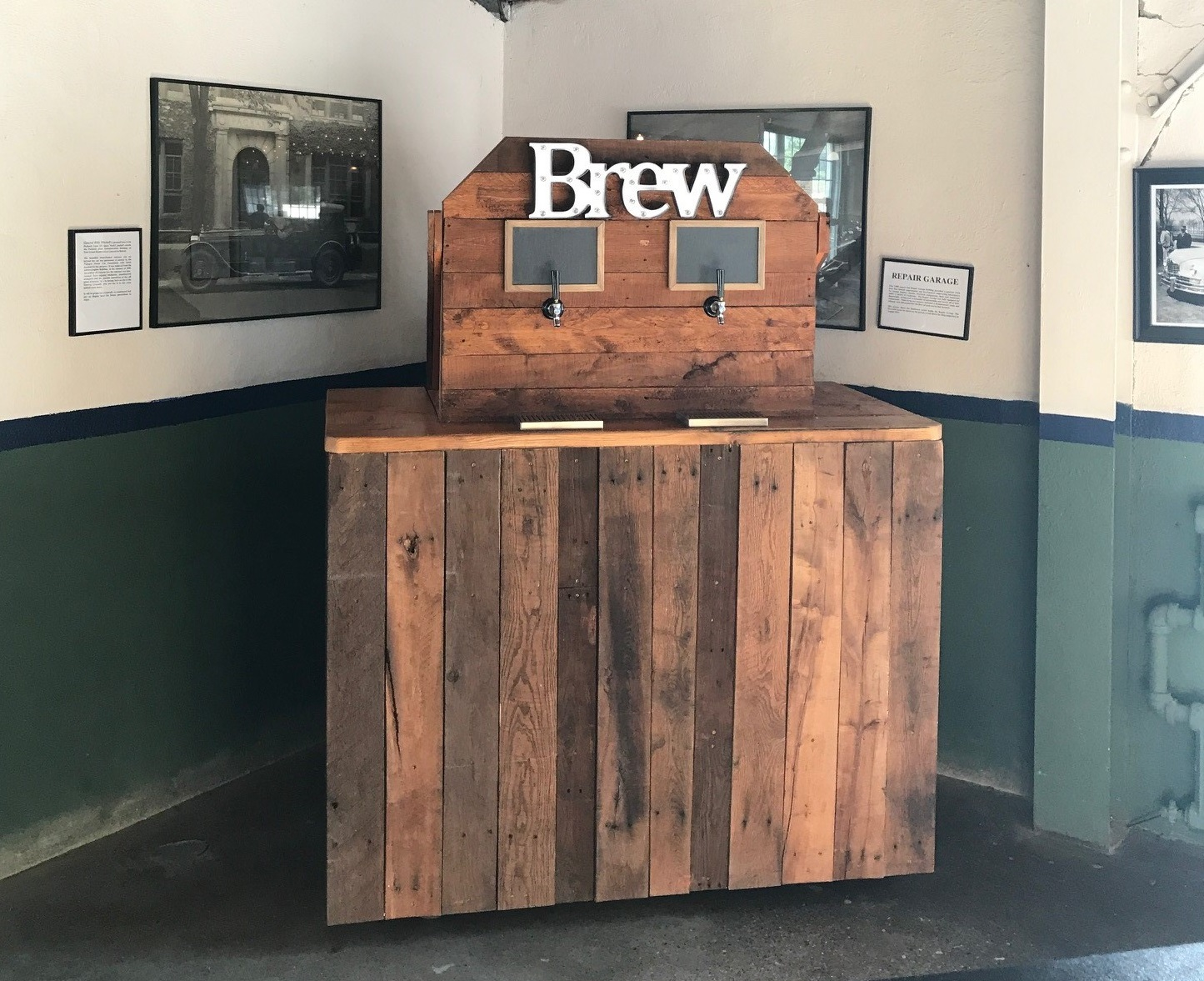 Beer Tap Bar Detroit Chiavari 6