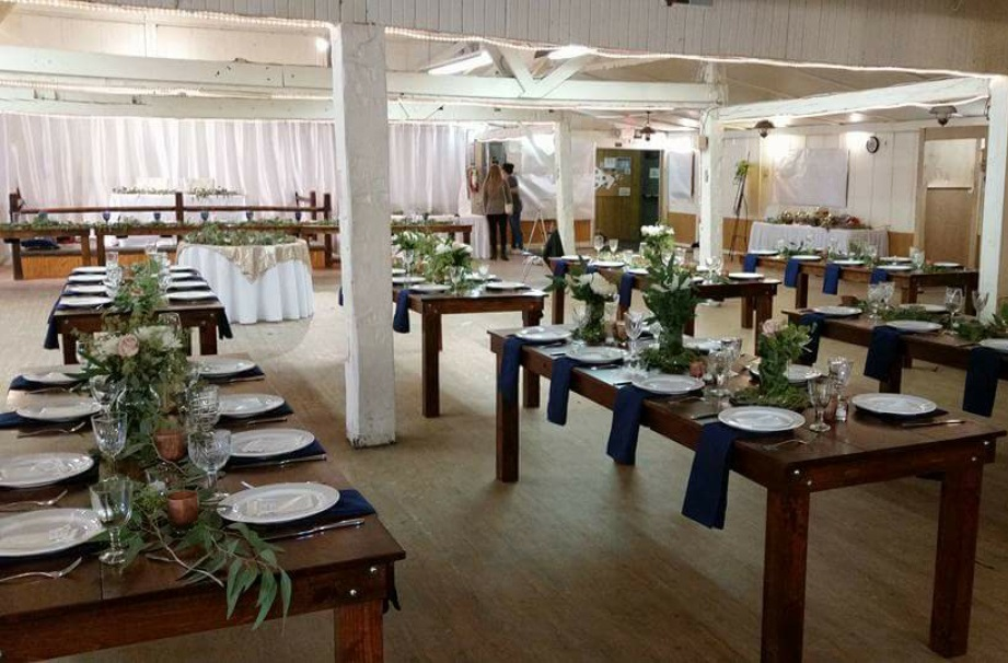 Detroit Chiavari Farm Table