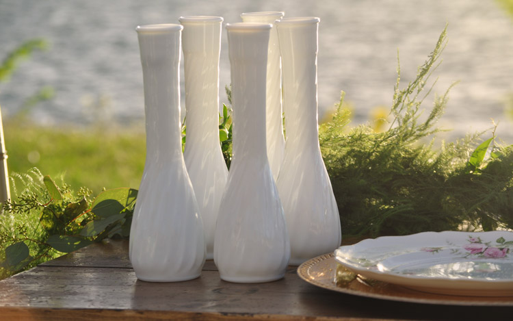 Detroit Chiavari Outdoor Wedding Mild Vase