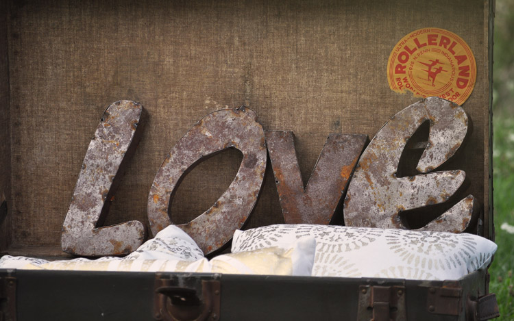 Detroit Chiavari Rusty LOVE Letters 2