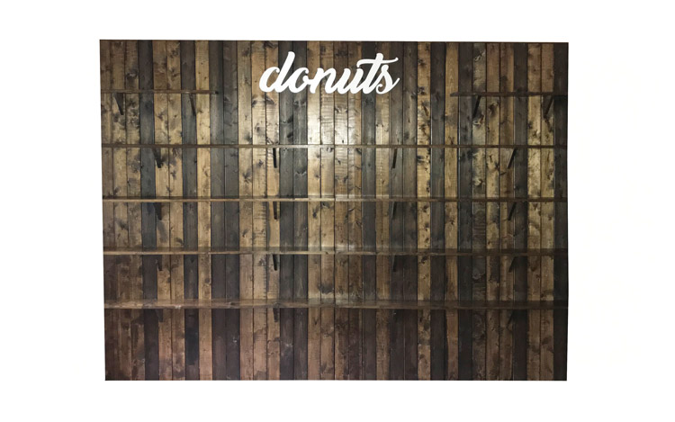 Donut Wall Detroit Chiavari Detroit Wedding 1