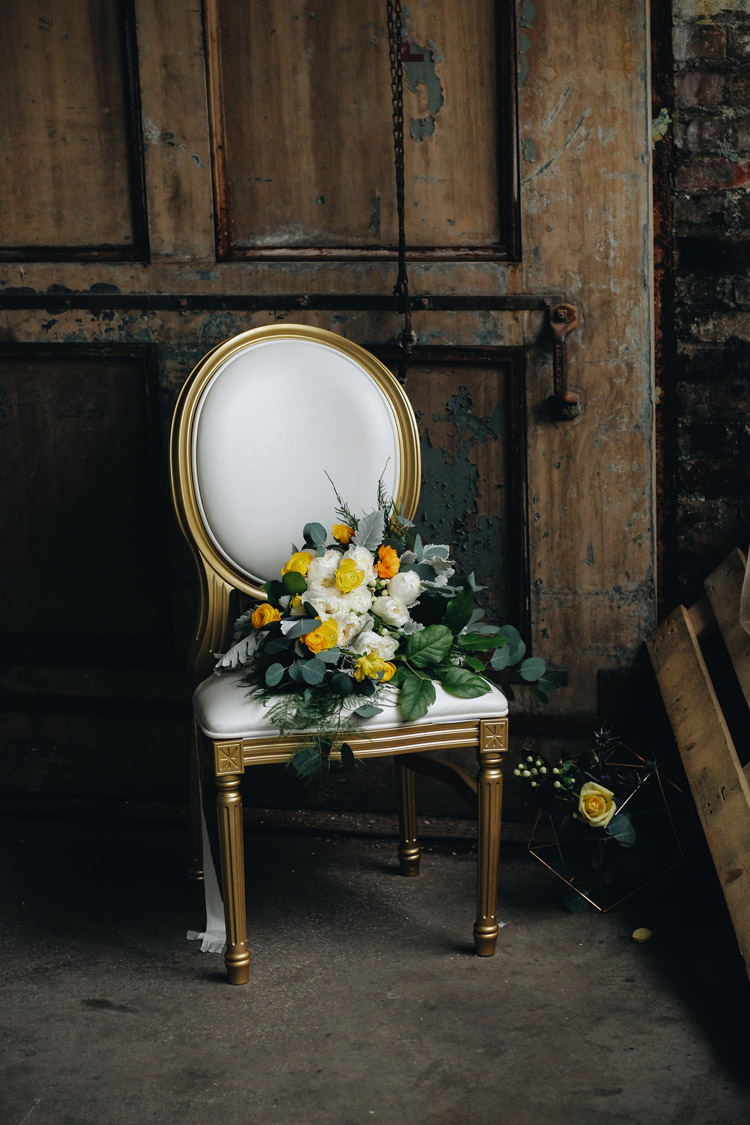Gold Louis Pop Chair Detroit Chiavari Chettara T. Photography 3