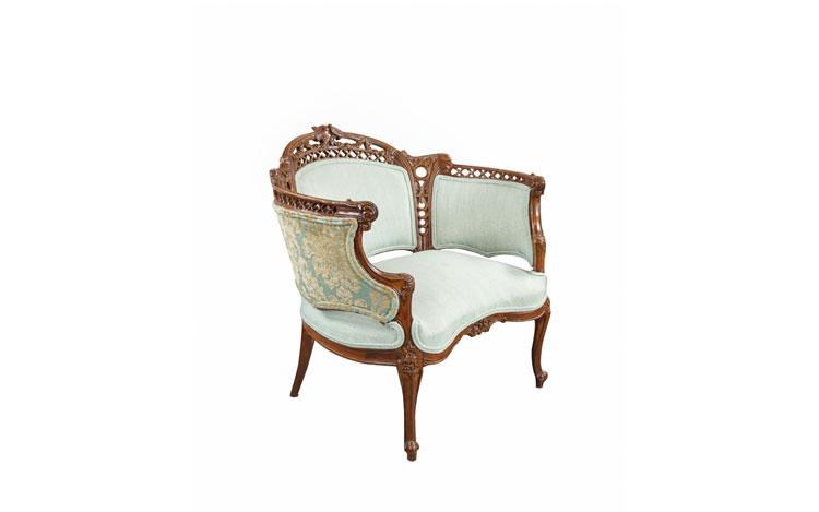 Short Victorian Chair Detroit Chiavari Side