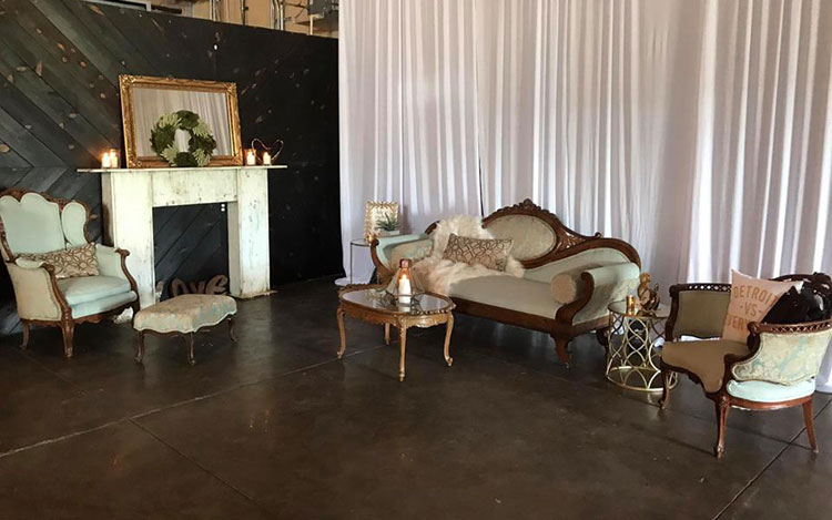 Victorian Furniture Sofa and Chair Detroit Chiavari 2